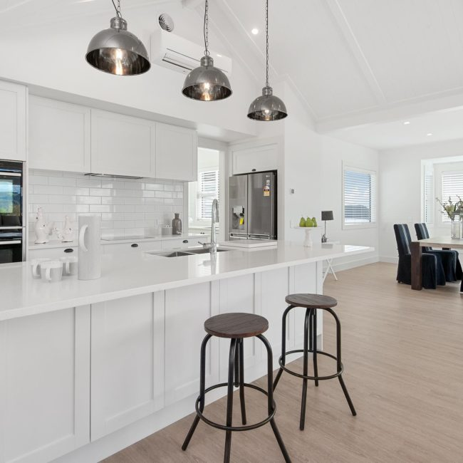 Taupo house builders harriers lane kitchen dining area